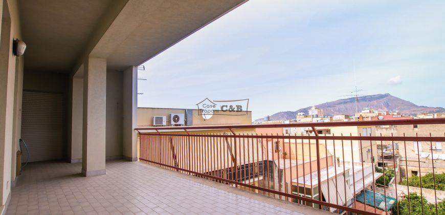 Appartamento a Paceco con veranda
