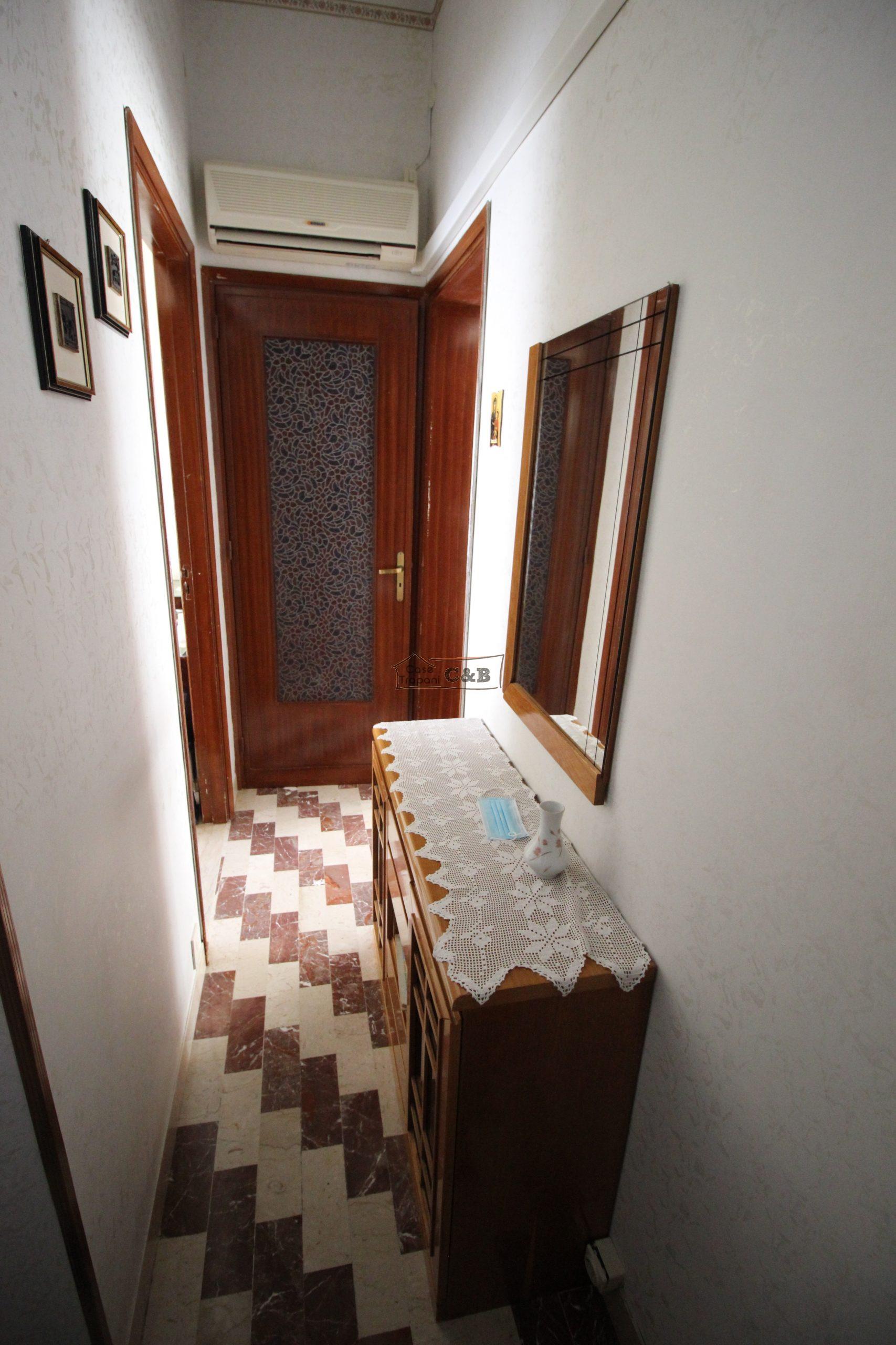 Appartamento con terrazza esclusiva